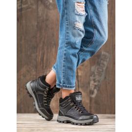Fűzős téli cipő
